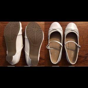 Children's Place Shoes - Girls size 3 dress shoe